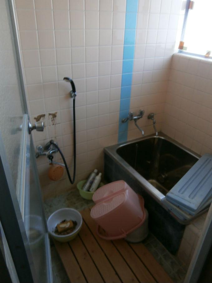 浴室の片付け・清掃前
