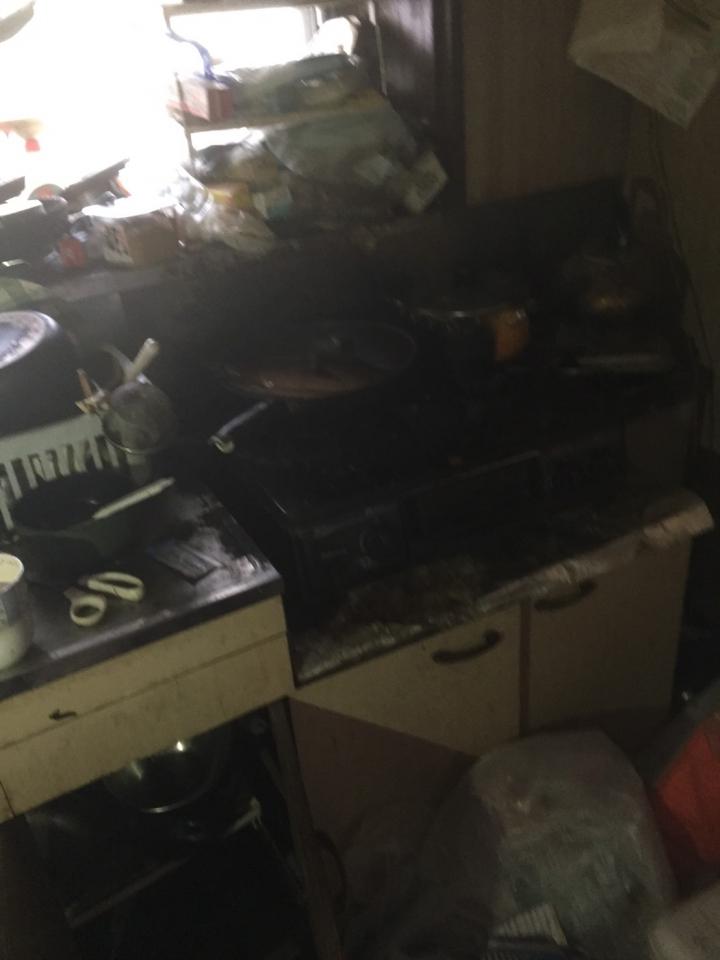 台所の片付け・清掃前