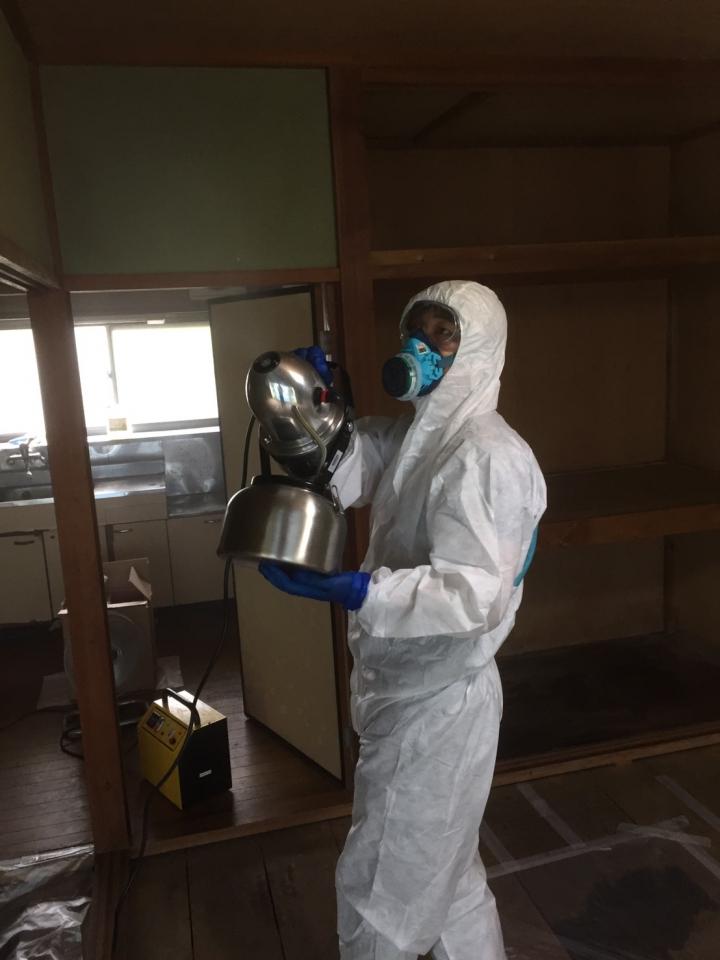 台所のオゾン脱臭中