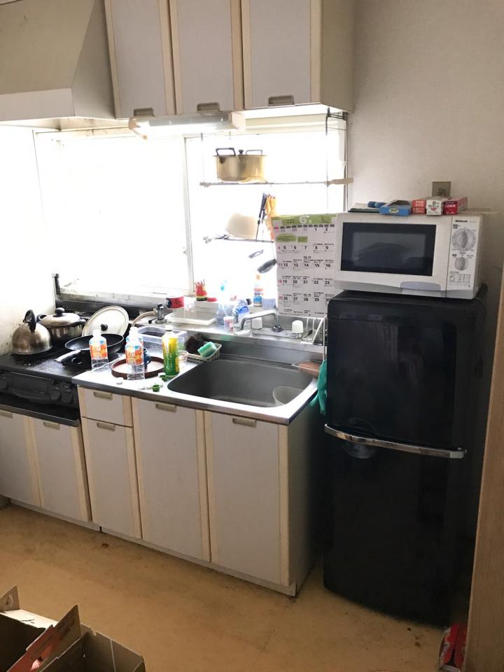 キッチンの片付け・整理前