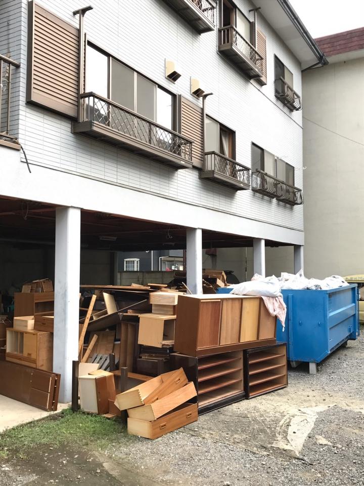 大量の搬出物