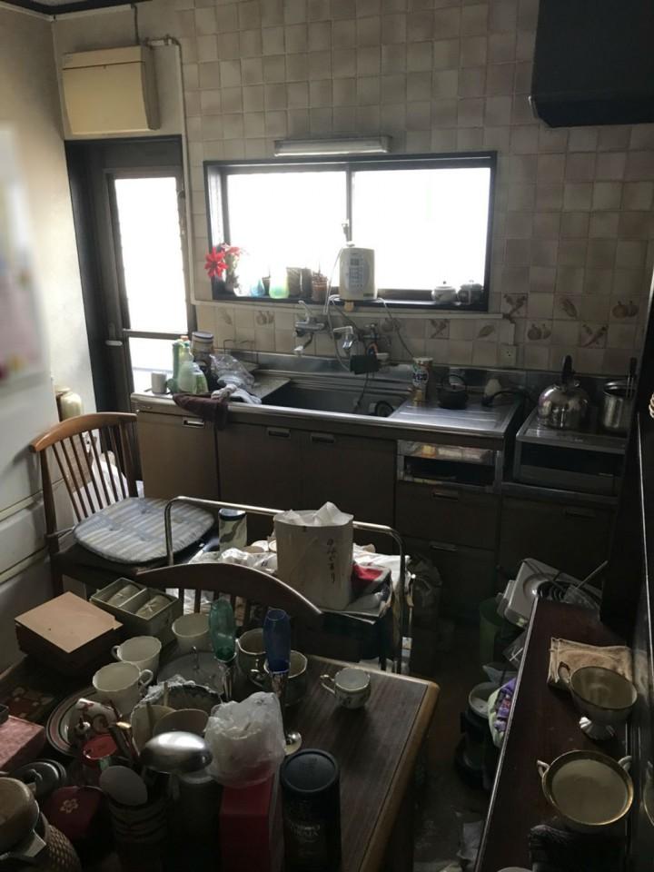 キッチン(台所)の整理前