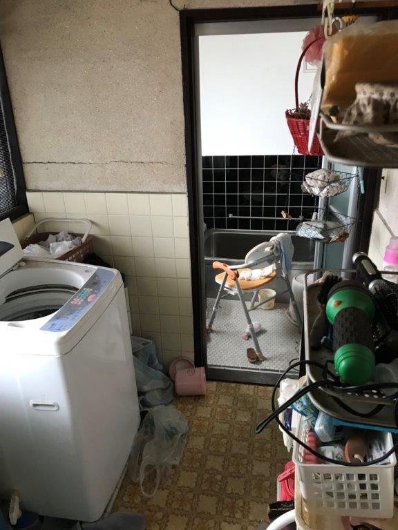 洗面所、及び浴室の整理・片付け前
