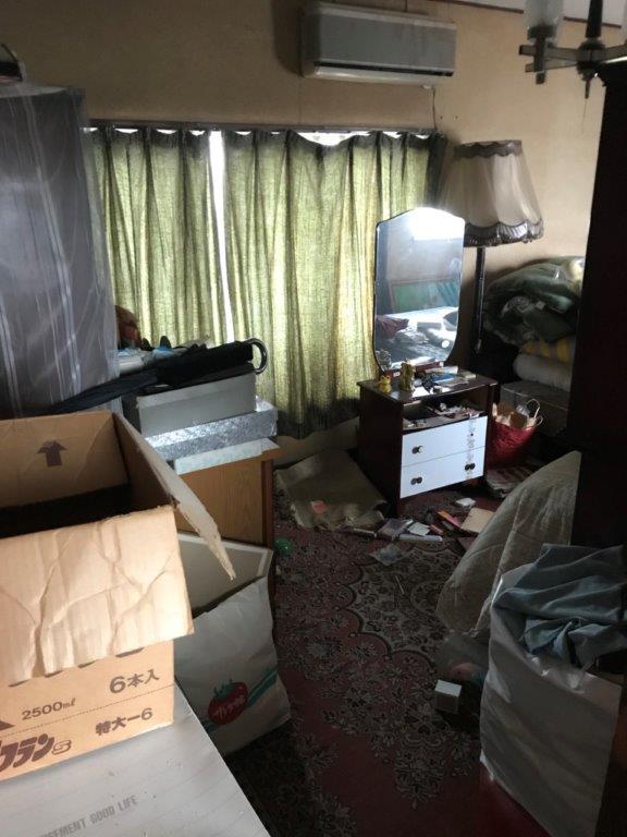 2階の洋室の整理・片付け前
