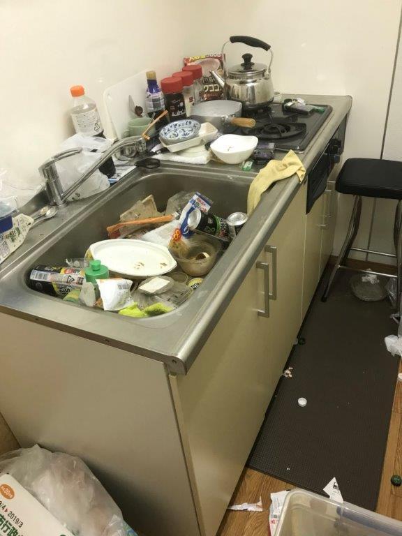 キッチンの清掃前