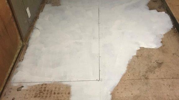 コーティング後の床下