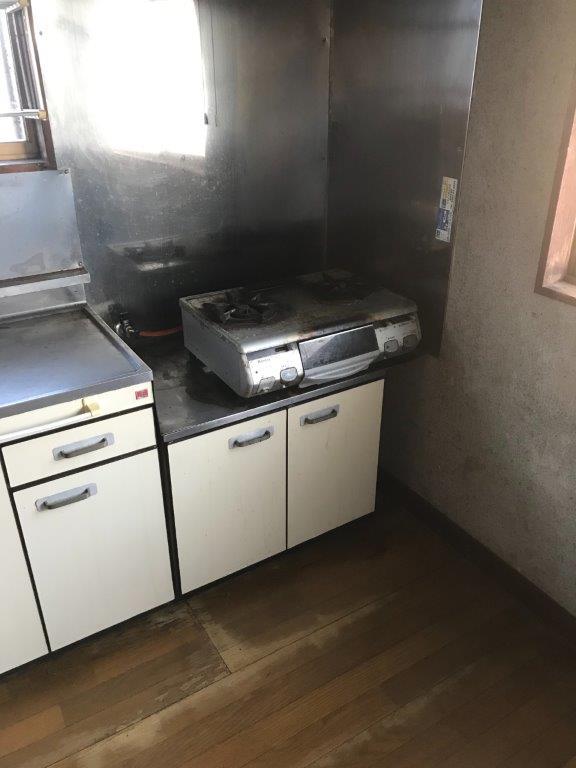 台所の片付け・整理前