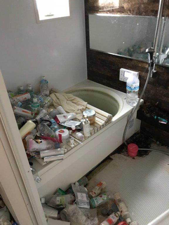 浴室の片付け前