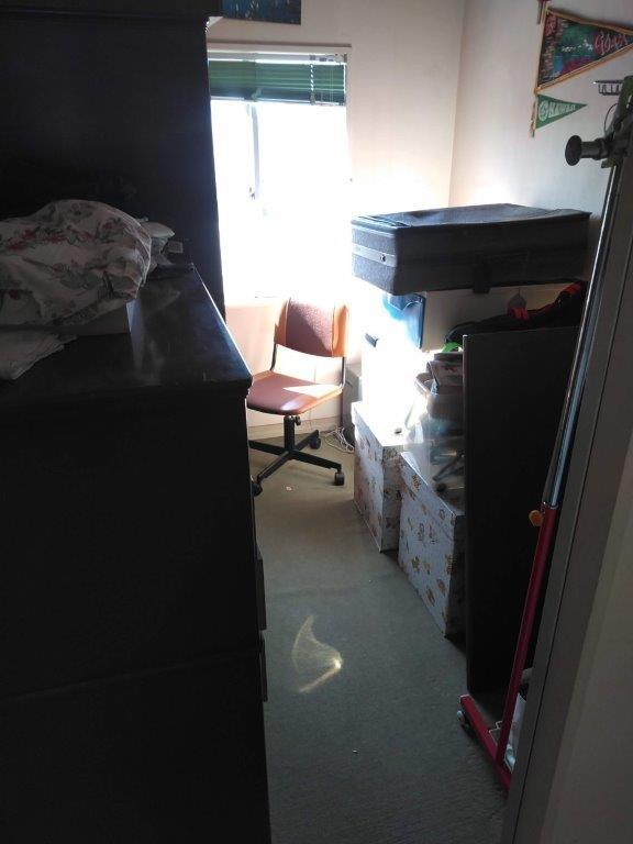 2階洋室の片付け前