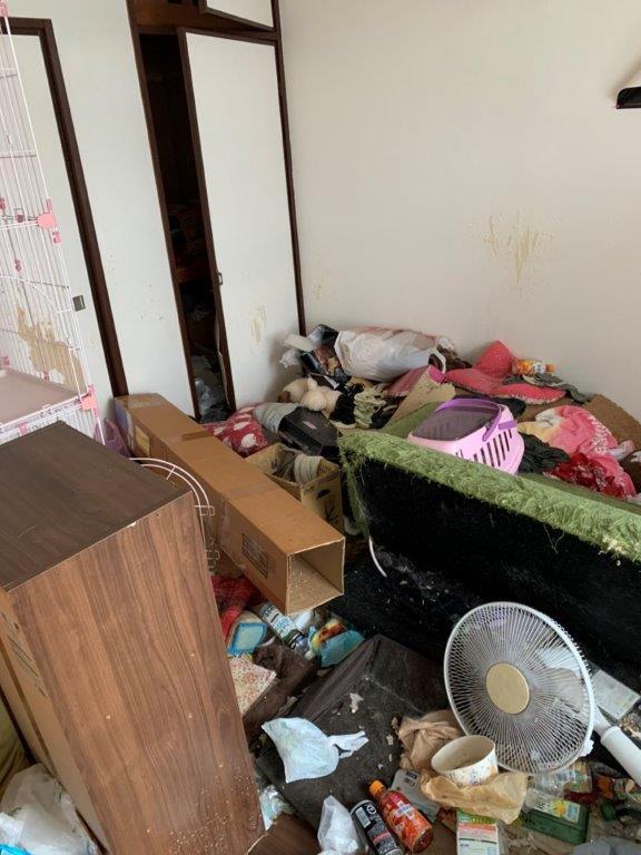 各お部屋の片付け清掃前