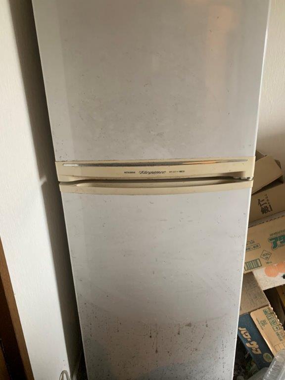 冷蔵庫などの家電品
