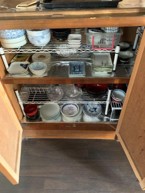 食器棚の片付け前