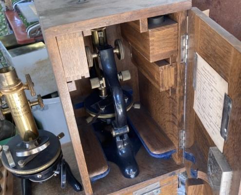 昔の顕微鏡