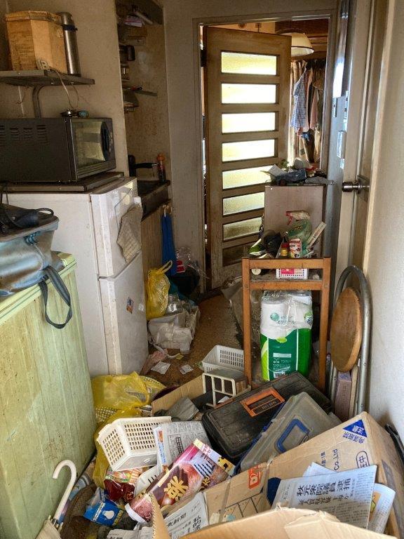 ゴミ屋敷清掃 片付け前