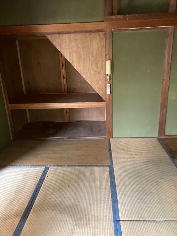 階段下の収納片付け後