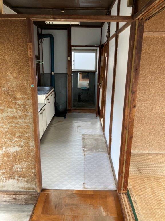 玄関・台所の片付け後