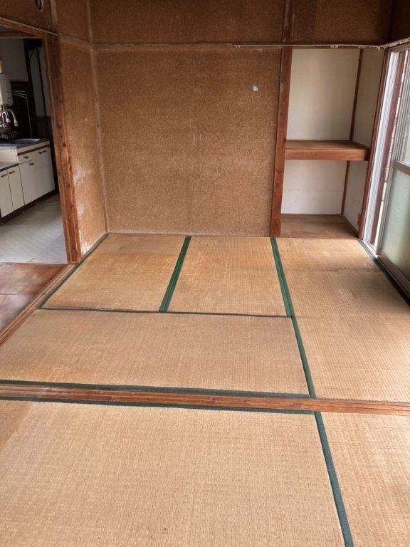 和室(収納部屋)の片付け後